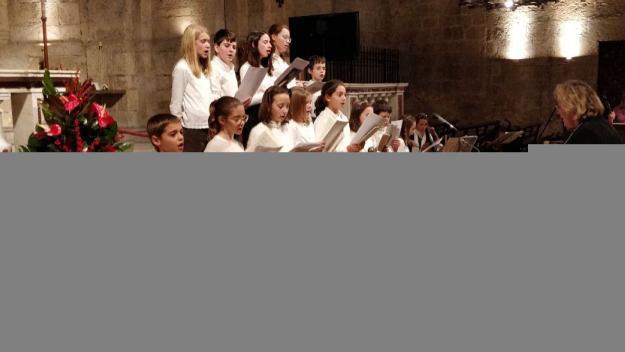 Música solidària perquè cap infant passi els Reis sense joguina