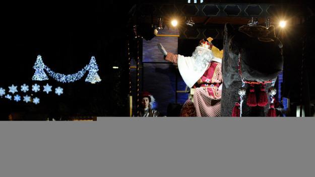 Els Reis d'Orient arriben a Sant Cugat amb una cavalcada inspirada en el desert