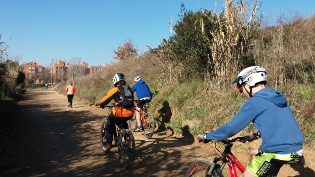 Els ciclistes troben 'injusta' la nova ordenança de circulació de bicicletes per Collserola