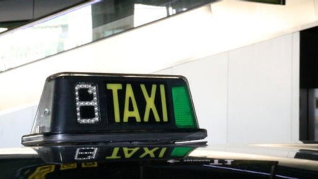 Ràdio Taxi Sant Cugat ofereix serveis socials gratuïts mentre duri la vaga