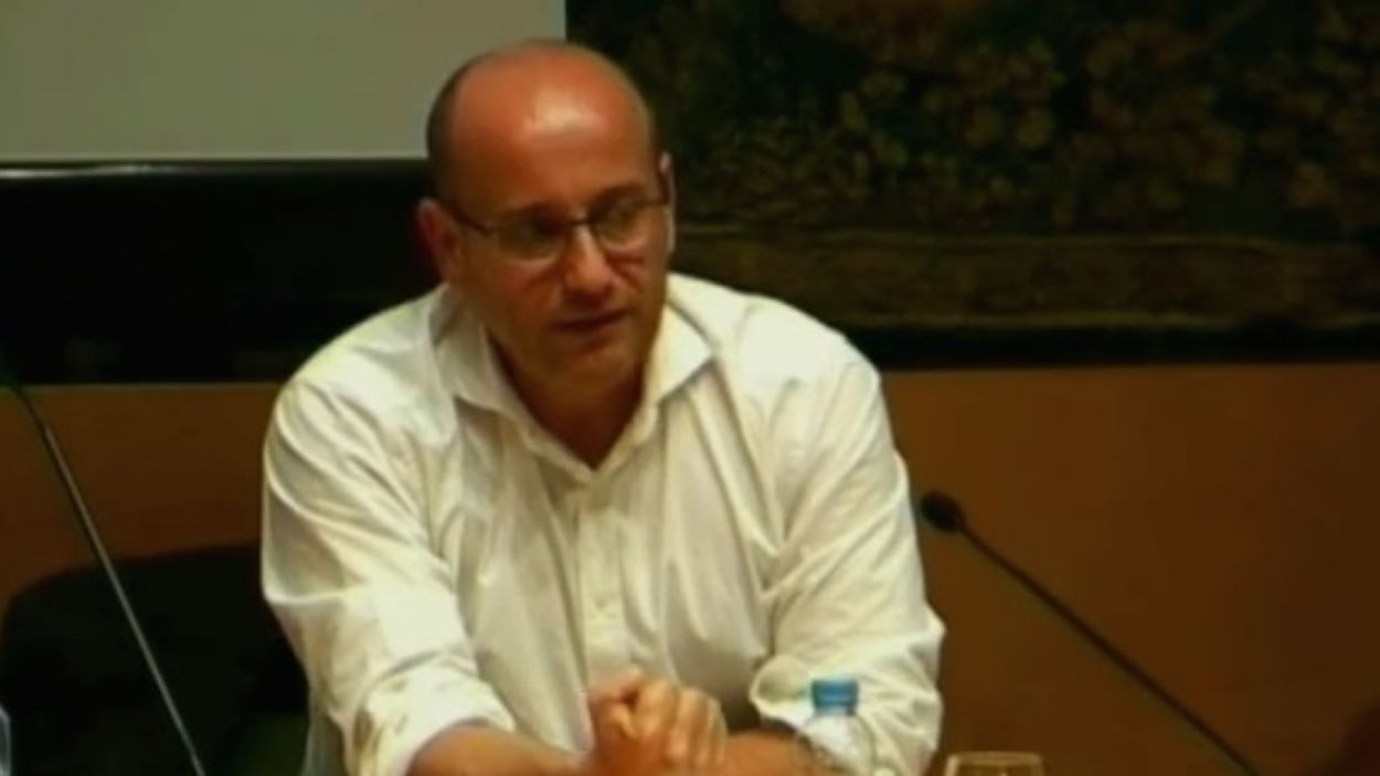 Plàcid Garcia-Planas acosta a Sant Cugat una altra visió sobre les guerres