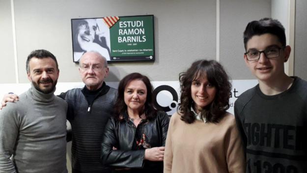 Ángel Morán amb l'equip del programa / Foto: Cugat.cat