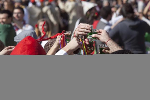 Carnaval 2019: Cercatasques amb la Banda Patilla