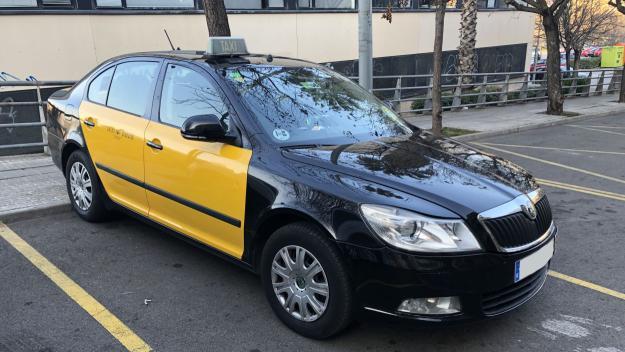 El servei de taxi queda reduït a Sant Cugat a causa del coronavirus / Foto: Cugat Mèdia