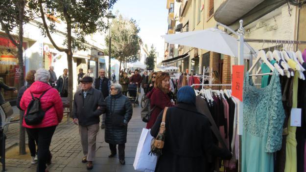 El comerciants de Sant Cugat celebren l''Estocs a Fora' preocupats per les vendes