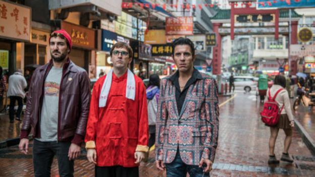 Miki Esparbé, Julián López i Younes Bachir a 'Perdiendo el Este' / Foto: ACN