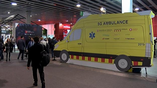 L'ambulància 5G del SEM, amb segell santcugatenc