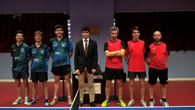 A l'esquerra, la UESC de tennis taula té molt difícil la permanència / Font: UESC