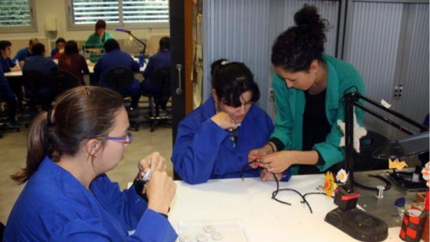 Sant Cugat es compromet a treballar per garantir el salari mínim als Centres Especials de Treball