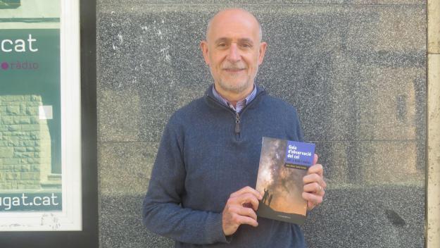 Joan Anton Català ha escrit la 'Guia d'observació del cel per a nois i noies' / Foto: Cugat.cat