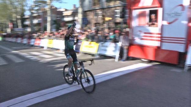 L'alemany Maximilian Schachman guanya a Sant Cugat la cinquena etapa de la Volta