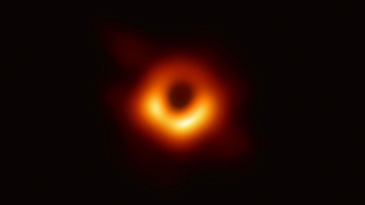 Els secrets de la primera fotografia d'un forat negre, amb Joan Anton Català