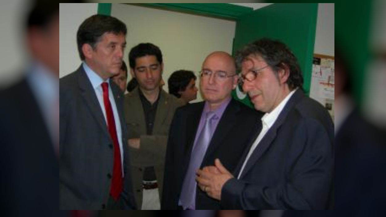 2008:  L'estudi 1 de Ràdio Sant Cugat es bateja com Ramon Barnils