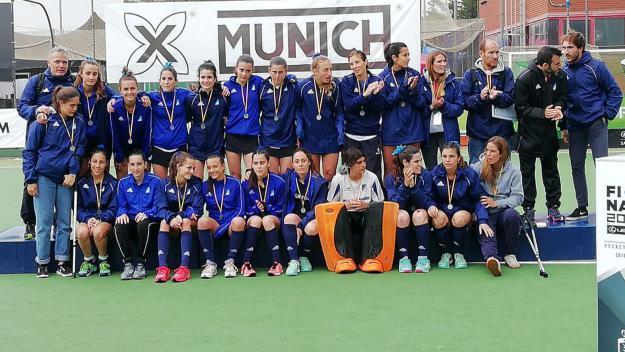 L'equip femení del Junior, subcampió estatal / Font. Cugat.cat