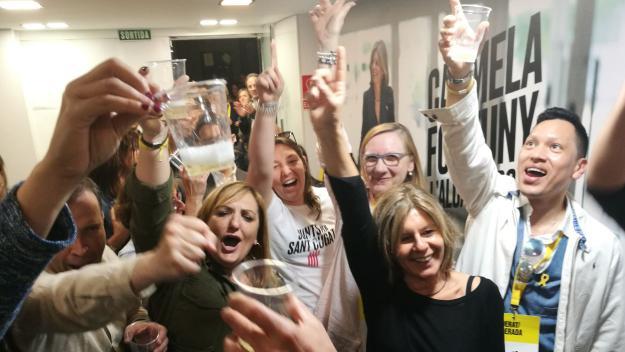 Fortuny, celebrant la victòria al local / Foto: Cugat Mèdia