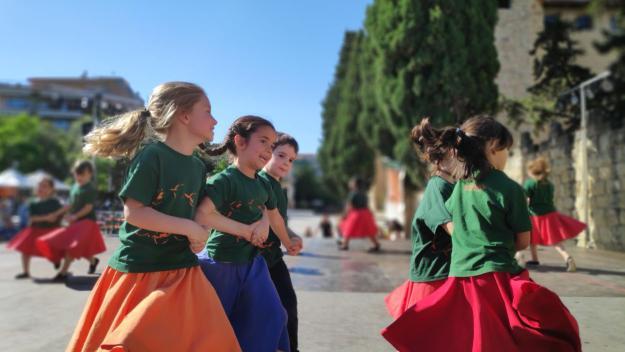 L'Esbart Sant Cugat mostra un curs 'excepcional' amb l'Andança a Plaça