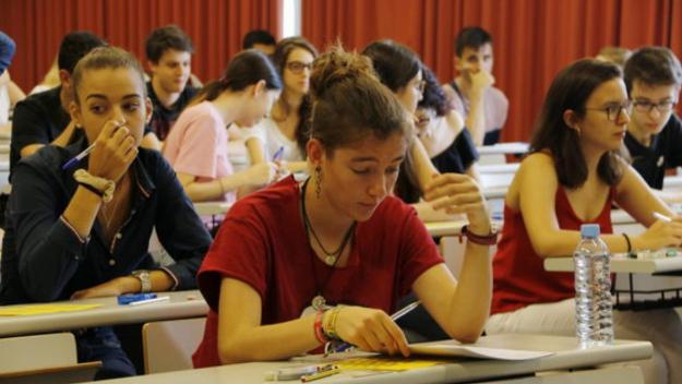 Els alumnes hauran d'esperar per fer la selectivitat / Foto: ACN