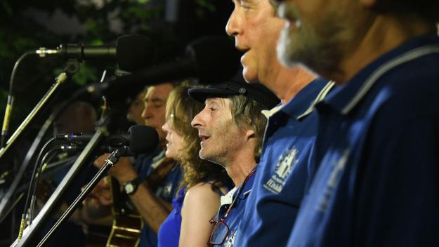 Un dels moments del concert dels santcugatencs / Foto: Localpres