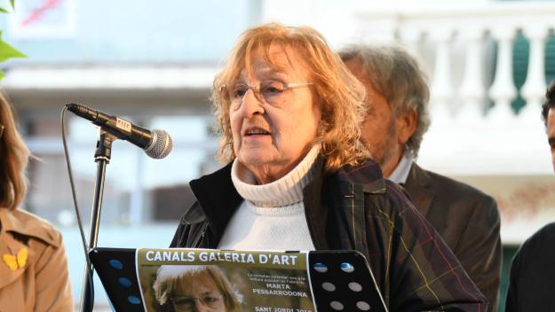 Marta Pessarrodona presenta a la biblioteca de Mira-sol el seu nou poemari