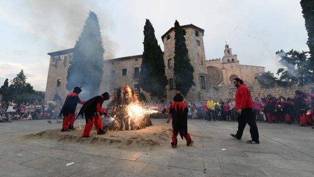 El teixit associatiu de Sant Cugat es prepara per fer cremar la Flama del Canigó