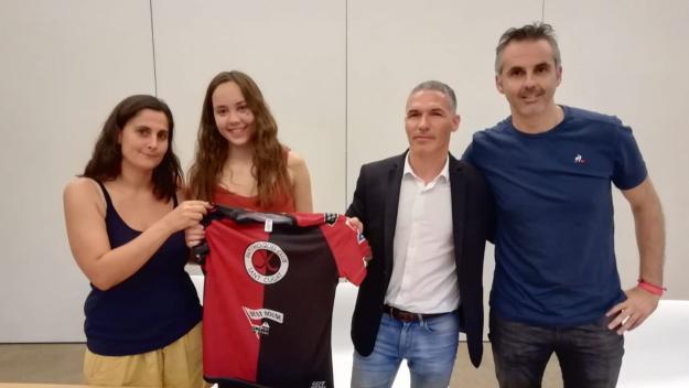Maria Pujadas, tercer reforç del Patí Hoquei Club Sant Cugat per a l'OK Lliga