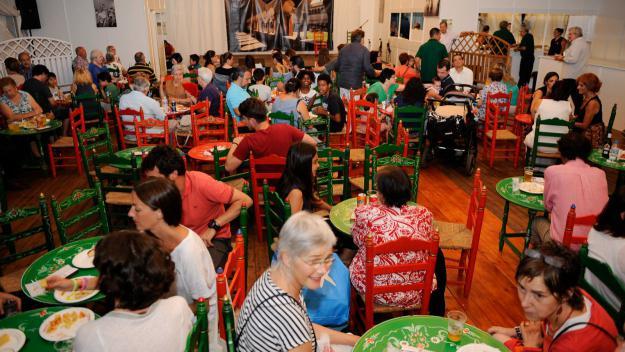 Gran varietat gastronòmica en el primer dia de Festa Major