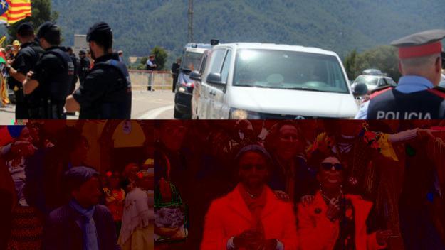 Una de les furgonetes que han traslladat els presos de Brians II a Lledoners, escortats pels Mossos / Foto: ACN