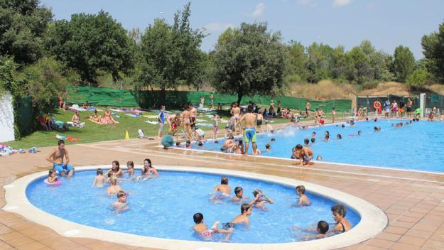 Entrada gratuïta a les piscines municipals de Sant Cugat durant l'onada de calor