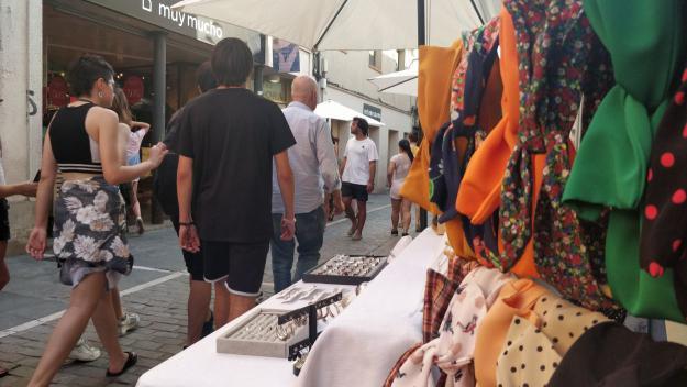 Sant Cugat, una de les ciutats escollides per promoure el català als comerços
