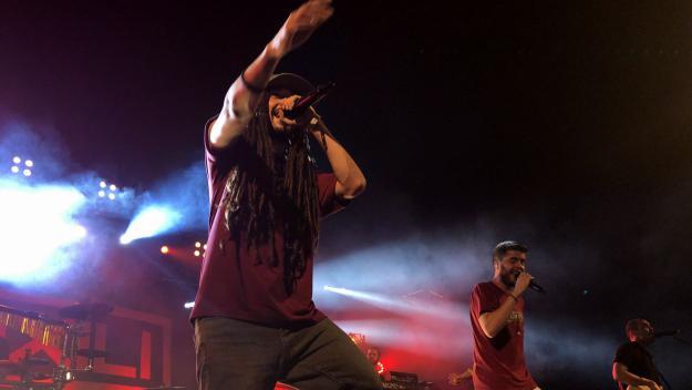 Sant Cugat s'escalfa més amb el reggae reivindicatiu d'Auxili
