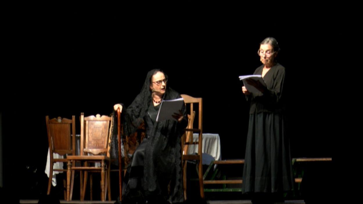 Imatge de la representació de 'La Casa de Bernarda Alba' / Foto: Cugat Mèdia