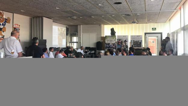 Prop d'una setantena de socis a l'assemblea del Rugby Sant Cugat / Font: Rugby Sant Cugat