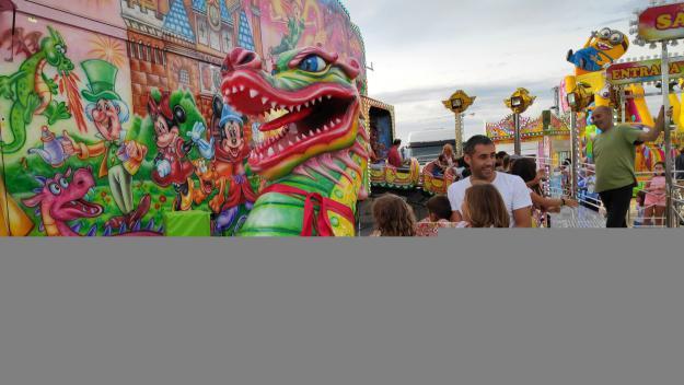 La fira d'atraccions ha cridat l'atenció dels més menuts / Foto: Cugat Mèdia