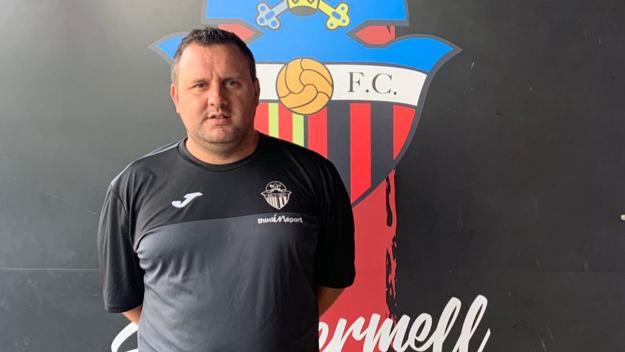 Dani Horcas, tècnic al Santcu / / Foto: Sant Cugat FC