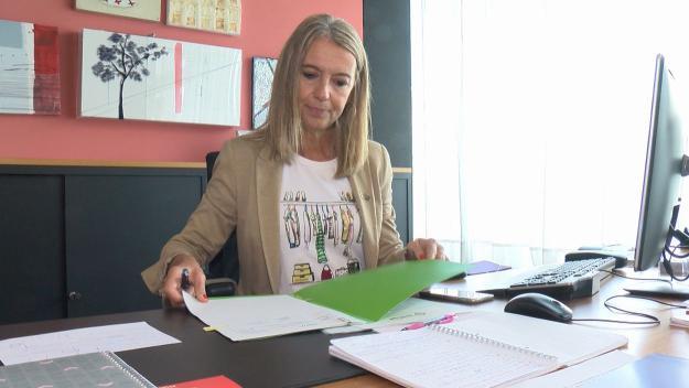 Mireia Ingla al seu despatx a l'Ajuntament / Foto: Cugat Mèdia