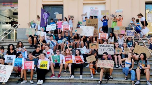 Fridays for Future Sant Cugat: 'No només ens estan robant la joventut, ens estan robant el nostre futur'