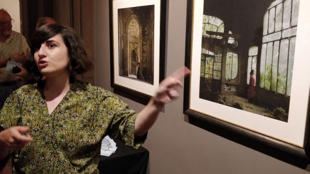 Helena Aguilar Mayans, autora de la mostra 'Dreamers of decadence' / Foto: Cugat Mèdia
