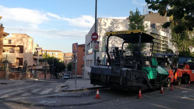 Els treballs al carrer de Santa Teresa / Foto: Cugat Mèdia