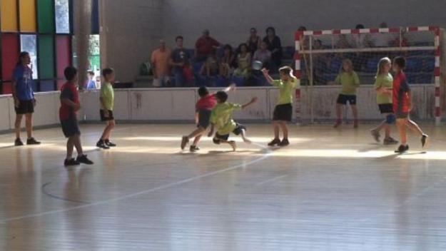 Jornada de multiesport d'handbol / Font: OMET