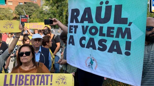 Les primeres mobilitzacions a Sant Cugat clamen per la llibertat del santcugatenc Raül Romeva i la resta de líders independentistes / Foto: Cugat Mèdia