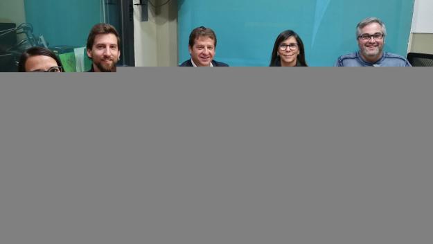 Representants d'ERC-MES, CUP-PC, PSC i Junts per Sant Cugat a l'estudi Ramon Barnils de Ràdio Sant Cugat / Foto: Cugat Mèdia