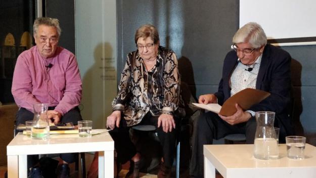Josep Maria Àngel, Maria Sansa i Joan Aymerich, al Claustre del Monestir de Sant Cugat / Foto: Cugat Mèdia