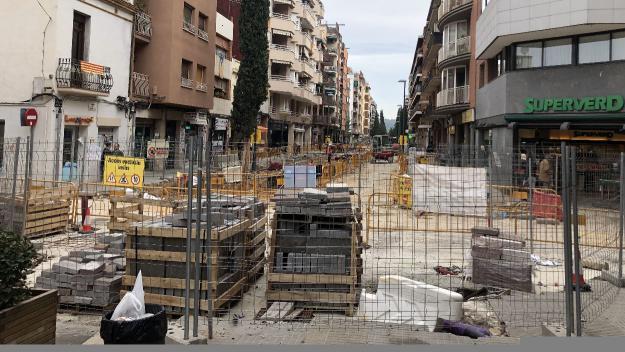 Nou tall de trànsit a l'avinguda de Cerdanyola per obres de pavimentació