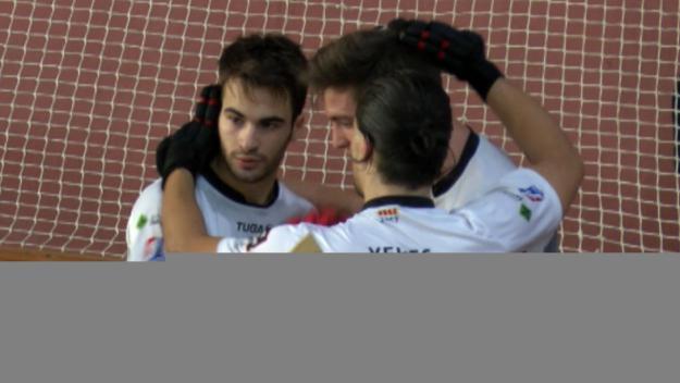 Els jugadors del Patí Hoquei celebrant el segon gol de Yepes / Foto: Cugat Mèdia