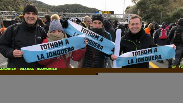 Participació santcugatenca al tall de Tsunami Democràtic a la Jonquera