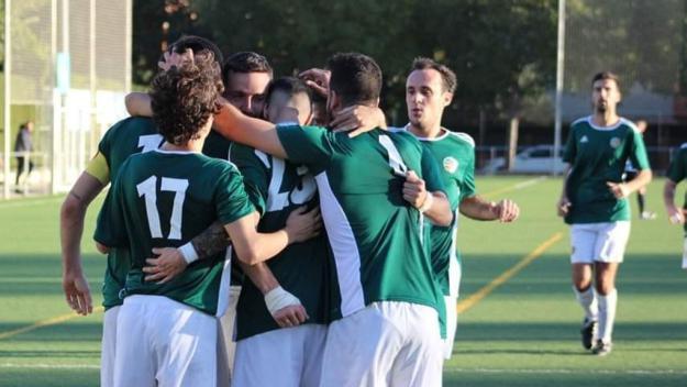 Els jugadors del Valldoreix FC celebrant un gol / Foto: Valldoreix FC