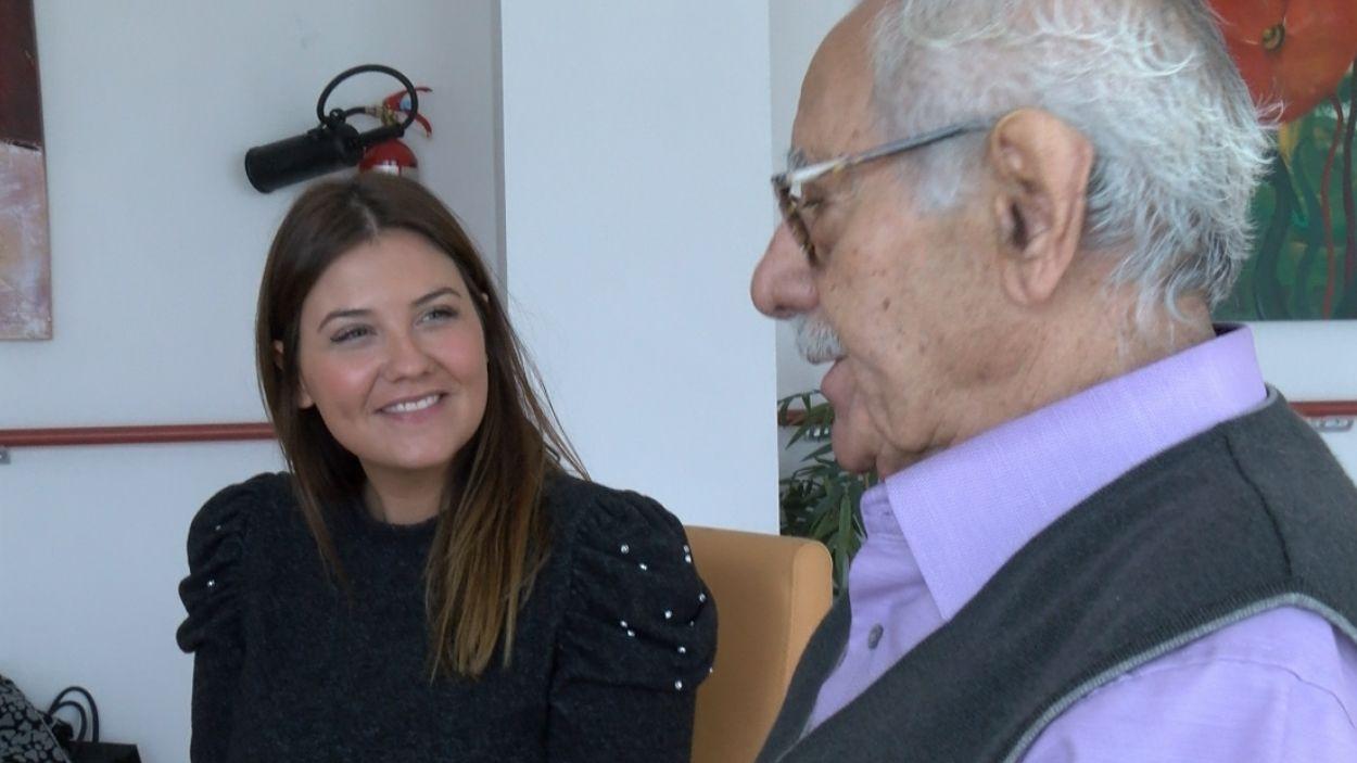 La plataforma de connexió intergeneracional 'Adopta un abuelo' ha arribat a Sant Cugat / Foto: Cugat Mèdia