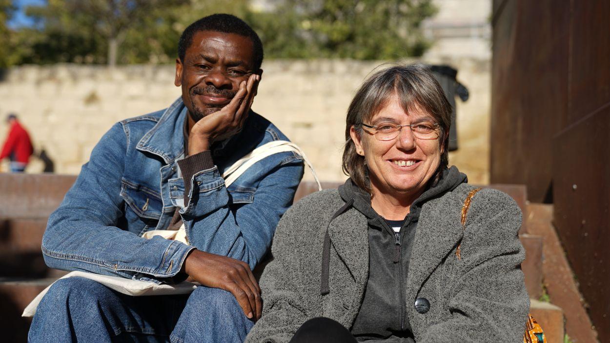 Escriptors Juan Tomàs i Gemma Freixas han vingut a parlar al 'Sant Cugat a fons' sobre Guinea Equatorial / Foto: Guillem Babitsch