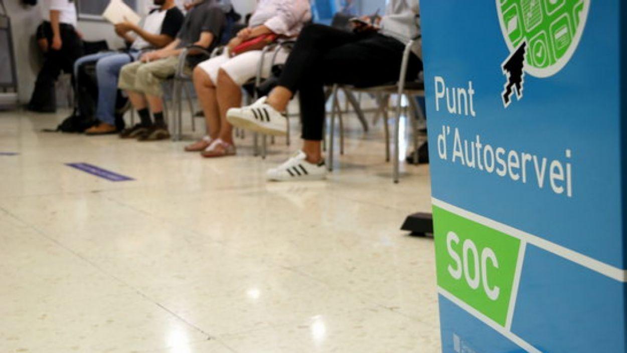 Les persones més grans tenen més risc de patir atur de llarga durada / Foto: ACN