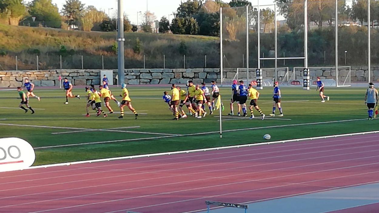 Imatge del partit entre el Rugby Sant Cugat i el Tatami / Font: Cugat Mèdia